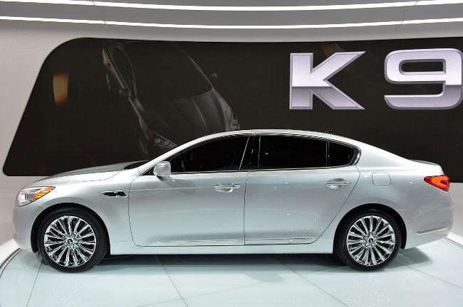 Автосалон в Лос-Анджелесе 2013: новый Kia K900