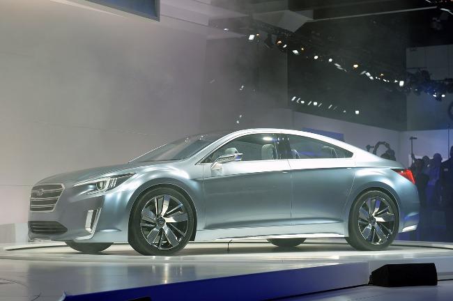 Автошоу в Лос-Анджелесе 2013: новый Subaru Legacy