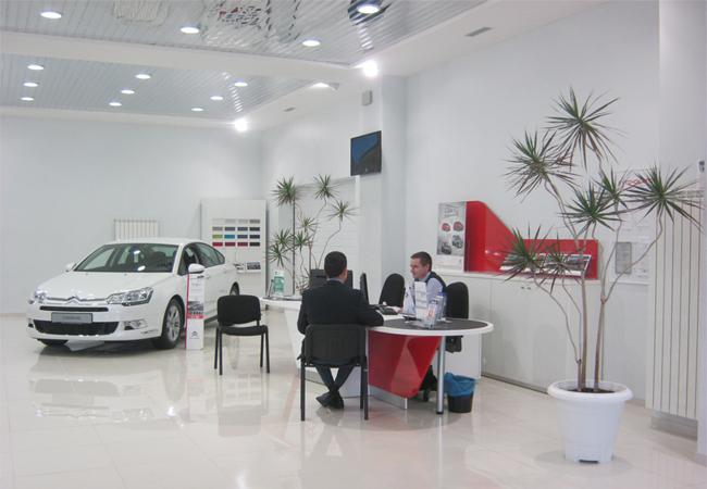 «АИС-Ситроен-Центр» переехал в новый автосалон