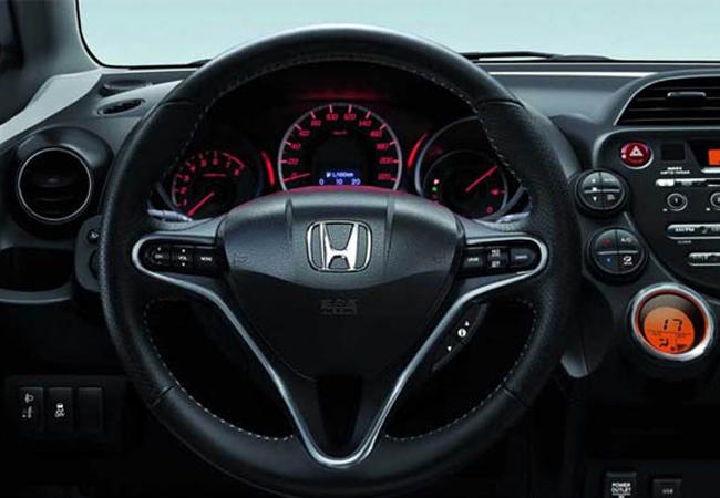 компактвэн Honda Jazz