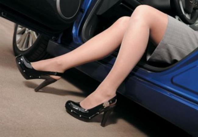 женщина-автомобилист