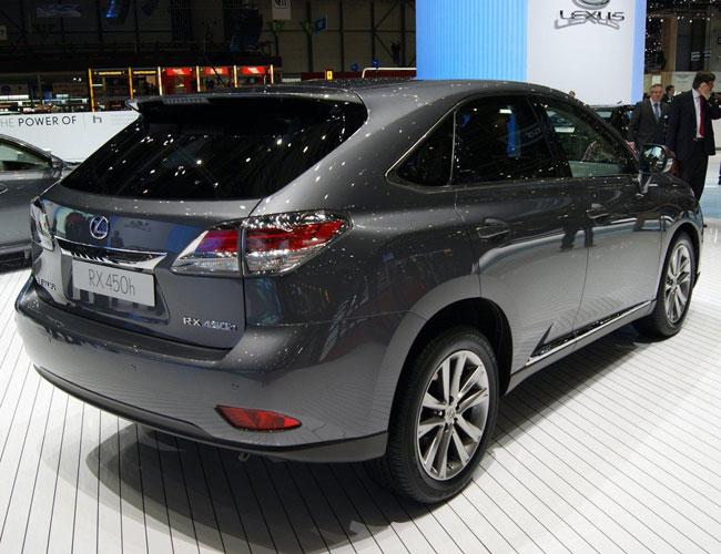 На Женевском автосалоне 2012 официально представлены Lexus RX