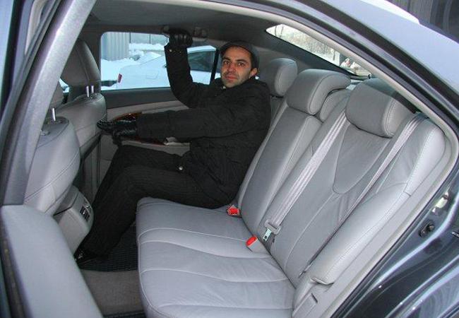 заднее сиденье Toyota Camry (40)