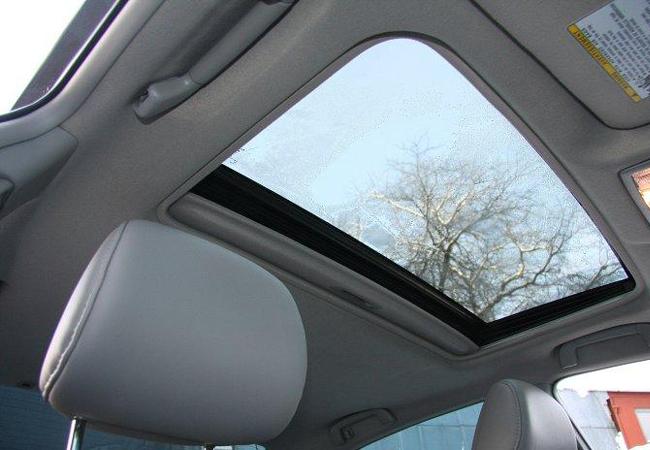 люк в крыше Toyota Camry (40)
