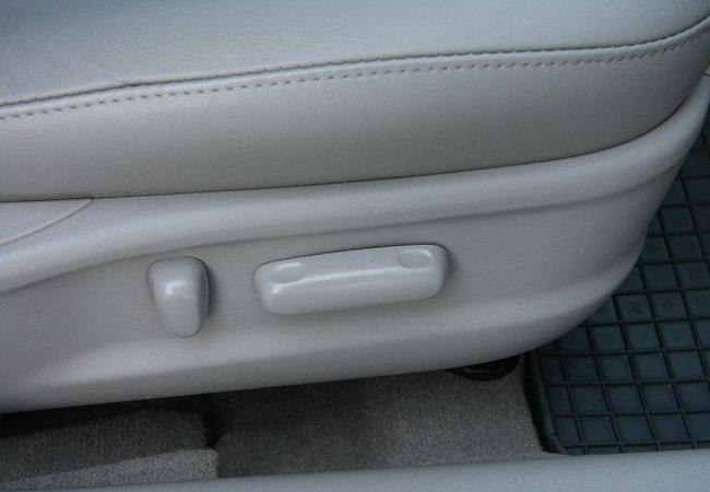 электропривод переднего пассажирского сиденья Toyota Camry 40