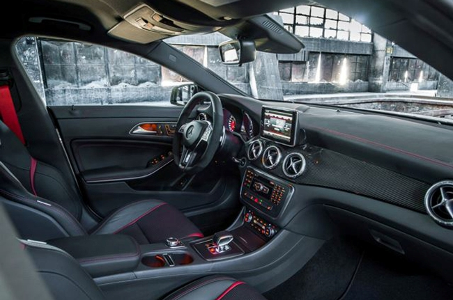 Новый Mercedes CLA45 AMG