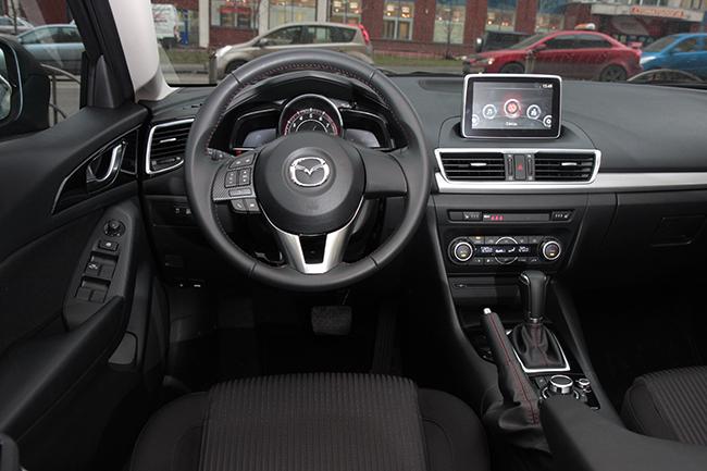 Тест-драйв Mazda3 Sedan
