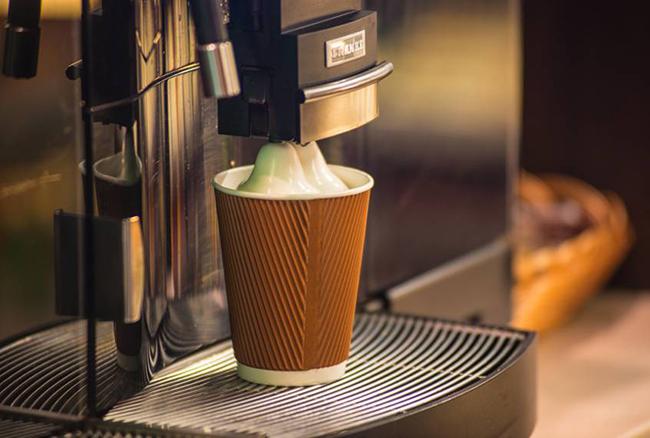 Сеть заправок WOG закупила кофе-машин на 3,5 млн. евро