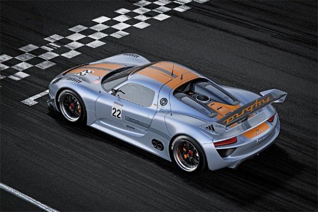 Porsche 918 RSR Coupe/961