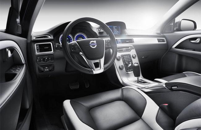 Volvo V70 R–Design