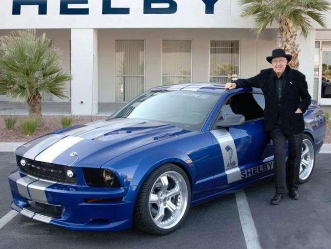 создатель Ford Shelby Cobra Кэрролл Шелби