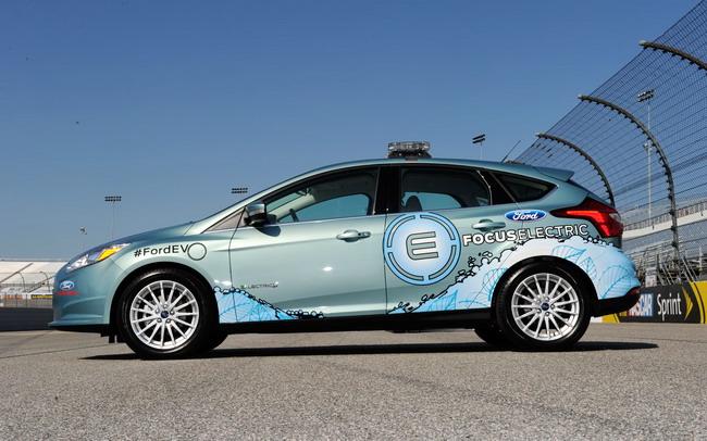 Ford Focus станет автомобилем безопасности в NASCAR