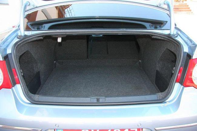 Подержанный Volkswagen Passat (B6