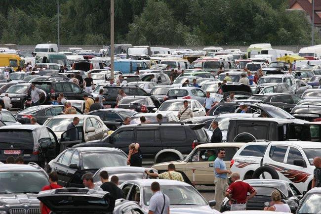 Апрельские продажи автотранспорта