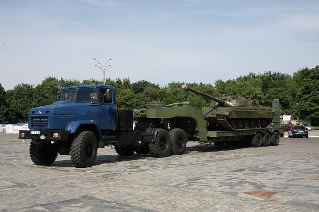 Военный автомобиль КрАЗ