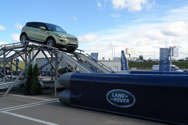 внедорожные испытания Ford и Land Rover