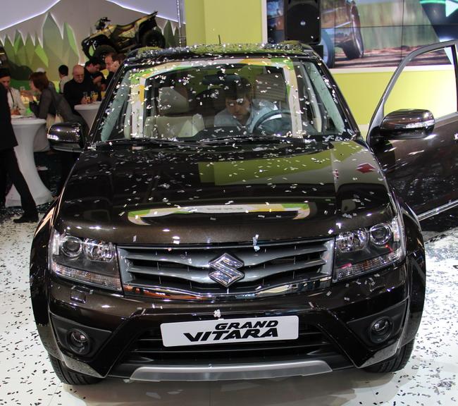 новинки Suzuki на Московском автосалоне 2012