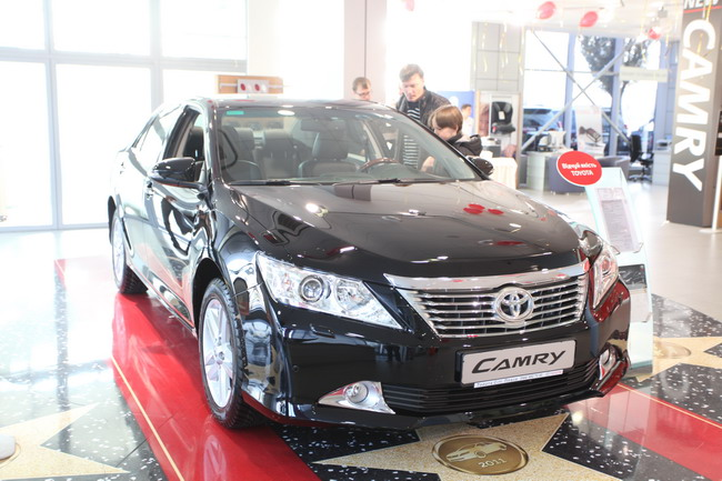 новая Toyota Camry