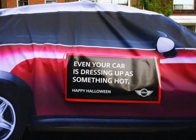 Автомобили в Торонто превратились в Mini