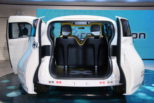 Nissan Townpod на Токийском автосалоне 2011