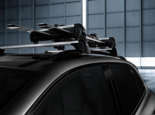 Porsche готовит автомобили к зиме с программой «Winter check»