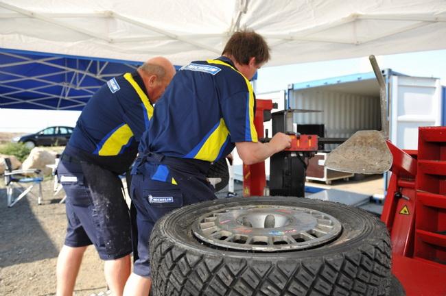 Вопрос с резиной станет одним из определяющих на Ралли Кипра-2011 - участники будут идти более 1/3 дистанции по асфальту на гравийных покрышках!