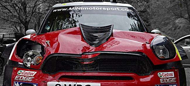 Хирвонен стал далеко не единственной жертвой коварной скользкой трассы Ралли Уэльса - куда более серьезные повреждени получила Mini Денни Сордо