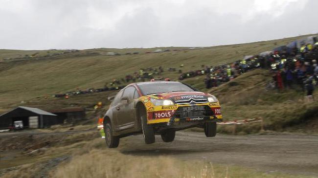 На Ралли Уэльса-2010 Петтер Солберг сражался как лев - он завоевал 2-е место в гонке, но командная тактика Ford принесла 2-е место по итогам года Латвалле