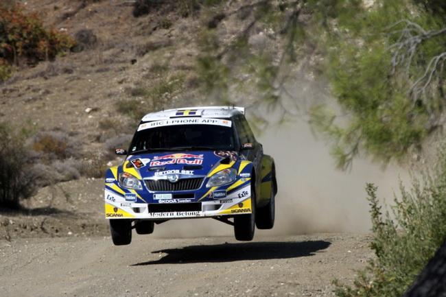 Как не пытается Патрик Санделл, он стал лишь 4-м на Golden Stage Rally, да и на подиум Ралли Кипра-2011 он попал только после серии неудач у лидеров