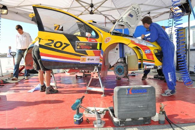 Механики побеждавшей уже дважды в IRC команды Cronos после схода Невилля имели почти двое суток на подготовку его машины перед Golden Stage Rally