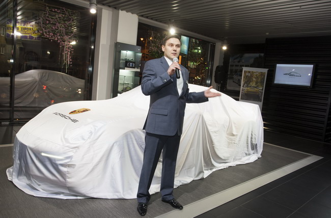 нове покоління повноприводних моделей Porsche 911