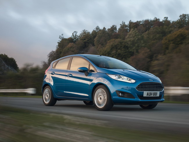 новый Ford Fiesta 1,0 EcoBoost