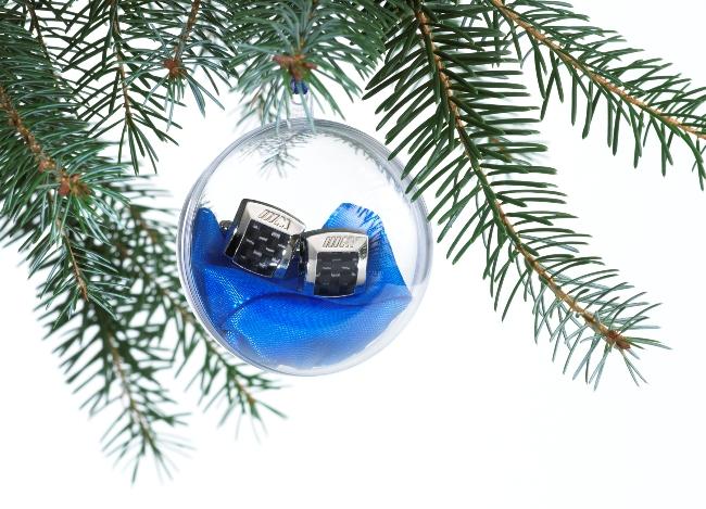 Новогодние подарки BMW готовы