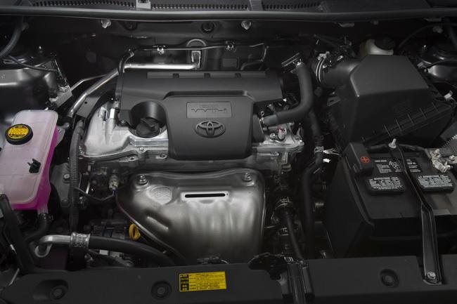 Toyota RAV4 четвертого поколения на автошоу в Лос-анджелесе 2012