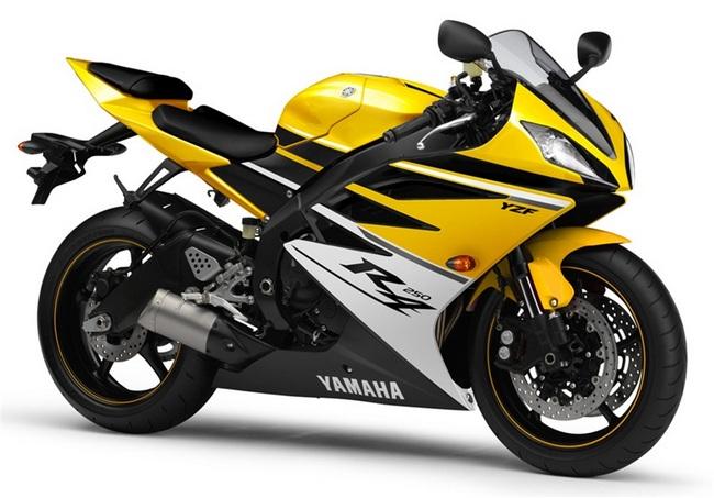 Компания Yamaha готовит новый спортбайк