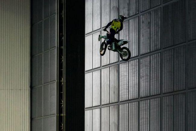 Москва приняла шоу Monster X Tour