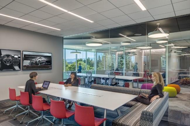 инжиниринговый центр Mercedes в Силиконовой долине
