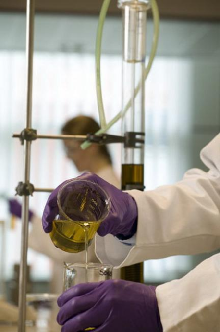 Как правильно выбрать моторное масло: рекомендации специалистов