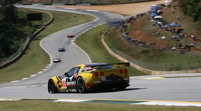 """""""Маленький Ле Ман-2011"""", но по итогам года в LM GTE Am досрочнопобедила французская команда Larbre Competition на Corvette №50"""