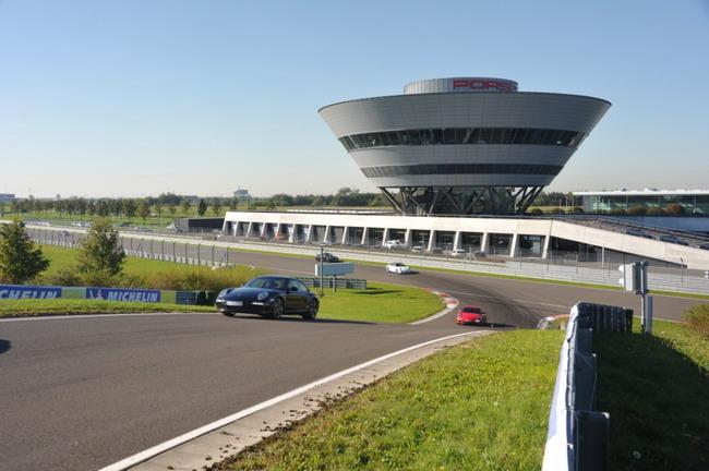 В Лейпциге прошла презентация Porsche 911 Carrera
