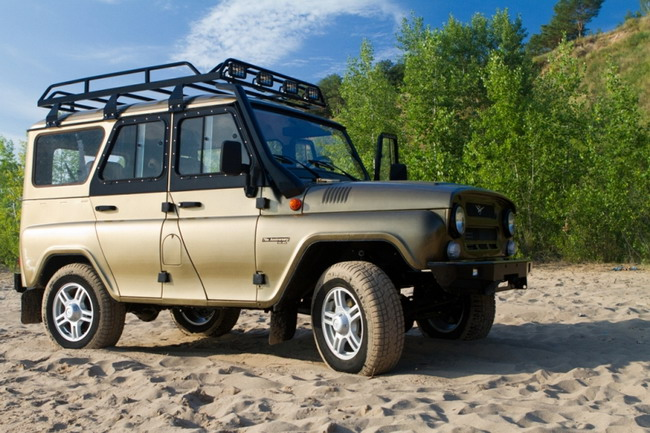 UAZ Expedition