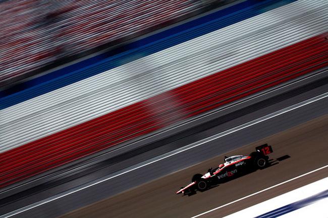 Средняя скорость на овале в Лас Вегасе оказалась в районе 225 миль в час!