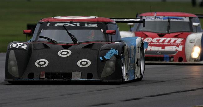 """Ден Вэлдон в начале 2006-го года победил в гонке """"24 часа Дайтоны"""""""