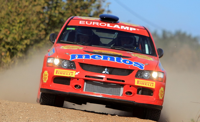 Валерий Горбань вновь показывал завидную стабильность, уступая лучшему в P-WRC по минуте с СУ и шел 6-м, но и он не разминулся с камнями, причем дважды!