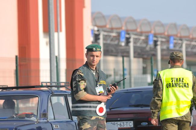 Евро-2012: поляки и украинцы совместно контролируют границу