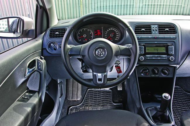 Chevrolet Aveo и VW Polo sedan