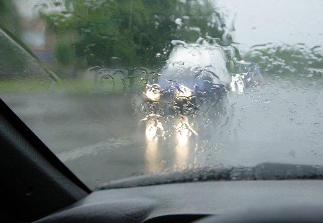 Безопасная езда в дождь