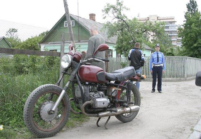 ГАИ Винницы задержала пьяных мотоциклистов