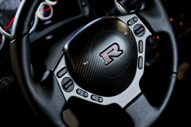 Новый Nissan Juke-R отправился к первому покупателю
