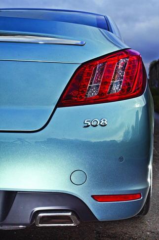 Седан Peugeot 508 GT